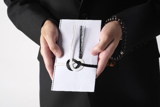 葬儀のマナーについて!  親族・香典・受付のマナーポイント