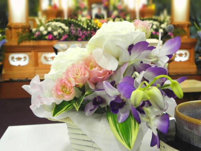 葬儀の花の種類